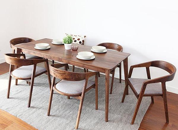 餐厅桌椅组合